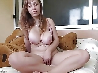 Big Natural Tits Teen Orgasming Live