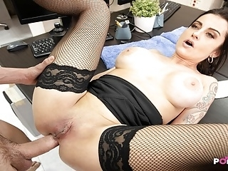 The milf boss with big tits want anal sex with young scholar